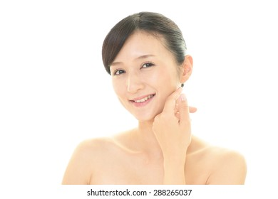 The woman who takes care of her face