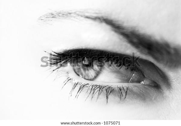 woman's eye in black&white
