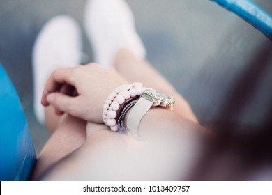 Woman's hand bracelet watches summer