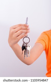 Woman's hand holding a keys