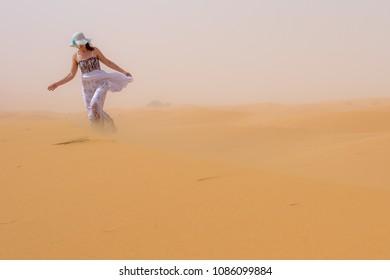 Women in the desert