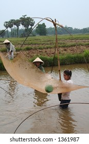 Women fishing in Laos