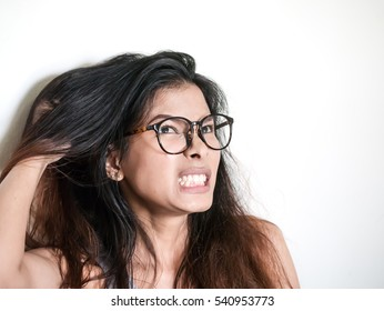 Women have itchy scalp fungus.
