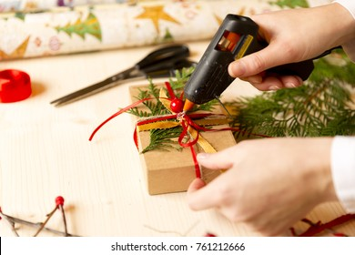 women homemade gifts with glue gun for Christmas
