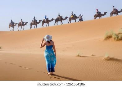 Women in Sahara