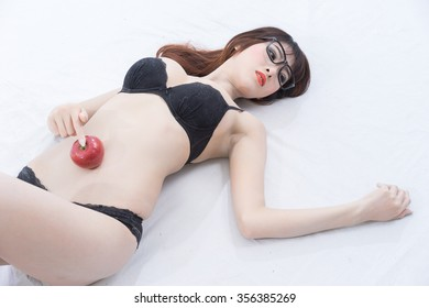 women sexy with red apple