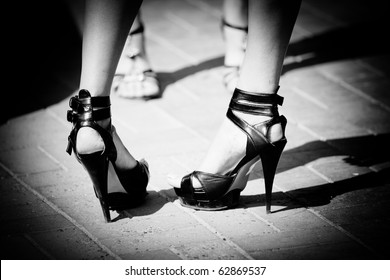 Women shoes in black and white colour