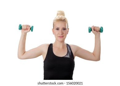 women with small weights in her hands 3