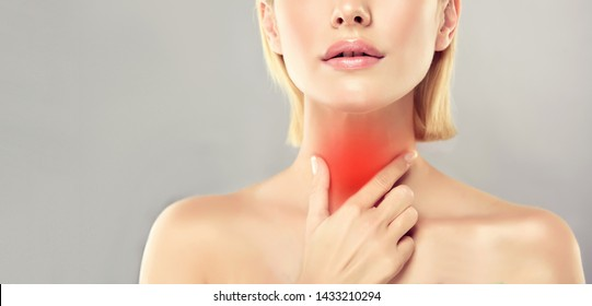 Women with thyroid gland problem . Endocrinology, hormones and treatment. Inflammation of the sore throat