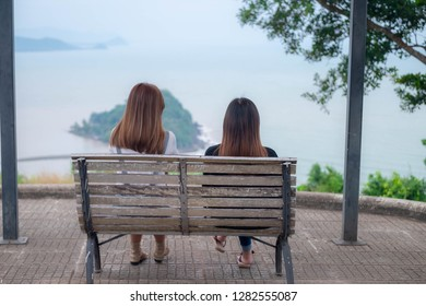 women watching the viewpoint on the viewpoint