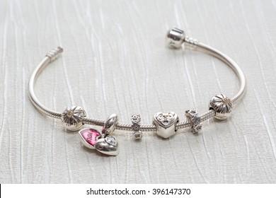 pandora charms bracelets