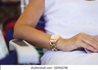 Women's fashionable golden watches