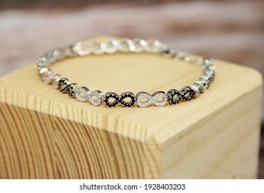 women's jewelry bracelet with precious stones