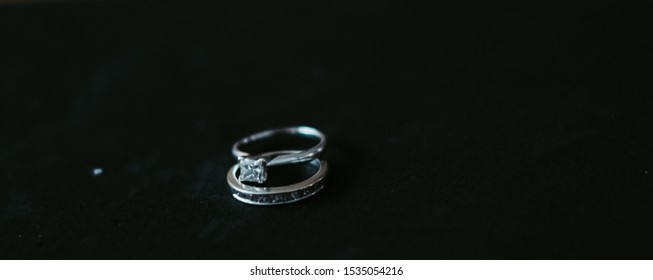 Women's wedding and engagement rings