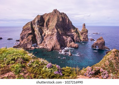 Wonderful and beautiful island Dokdo is the east end territory of Republic of Korea.