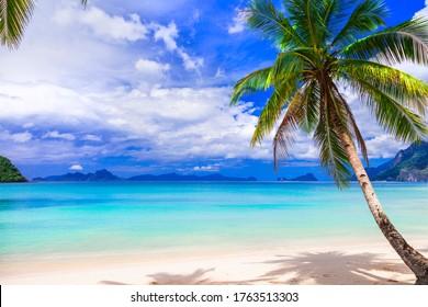 Wonderful idyllic nature scenery - tropical beach of El Nido. Palawan island , Philippines