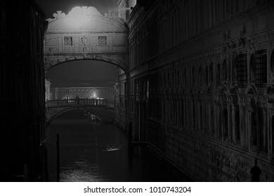 Wonderful night view of the Bridge of Sighs (Venice)