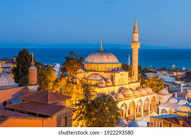 Wonderful panoramic view of the city on the background of a beautiful sky.Istanbul a romantic city is the cultural capital of Turkish and is a favorite destination for tourists from all over the world