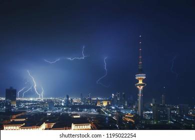 A wonderful shot of lightning in Kuwait City