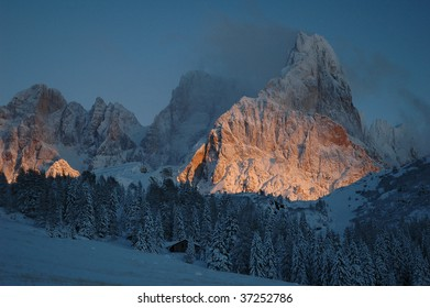 wonderful sunset mountain