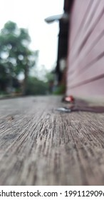 Wood backroud bluerred, walpaper blurred and litle fokus