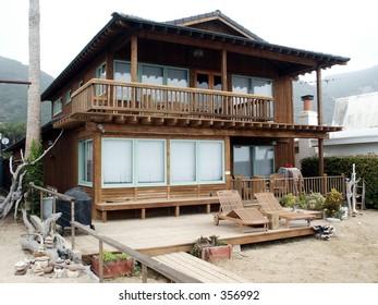 Wood Beach House on West Coast