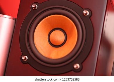 wood cone speaker