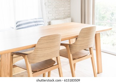 wood dinning table interior decoration
