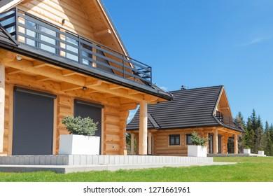 Wood house neighborhood
