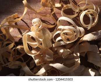 Wood shavings over sapele