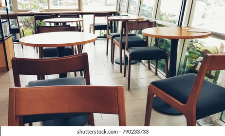 Wood table and chair of a cafe