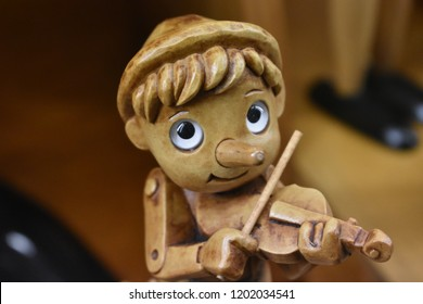 wood toy pinocchio