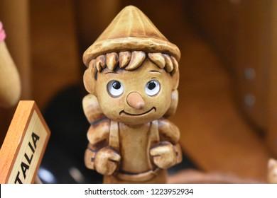 wood toy, pinocchio