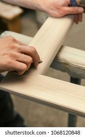 wood working machine, making a wooden window