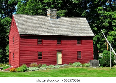 Woodbury, Connecticut - September 15, 2014:  Circa 1680 wooden clapboard Hurd House, headquarters of the Old Woodbury Historical Society, with its stone central chimney *