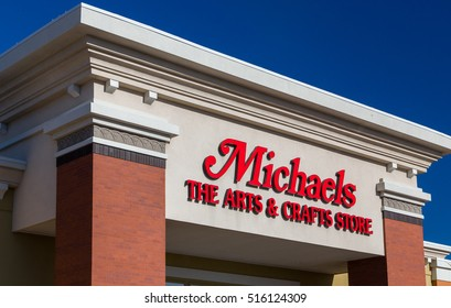 WOODBURY, MN/USA - NOVEMBER 13, 2016: Michaels retail store exterior and sign. Michaels Stores, Inc. is a North American arts and crafts retail chain.