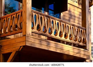 Wooden Architecture of Modern style in Kazan, Russia - Details: wood carving