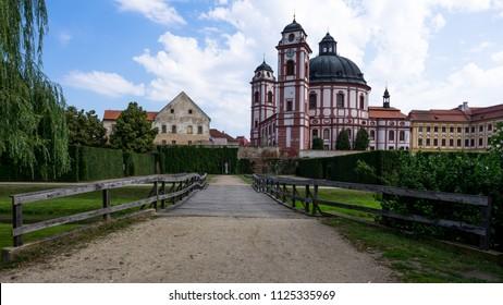Wooden bridge and castle Jaromerice nad Rokytnou