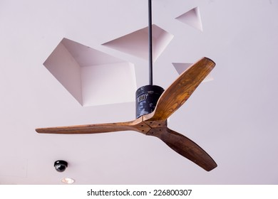 Wooden ceiling fan in classic tropical style,Classical wood ceiling fan with white glass lamps