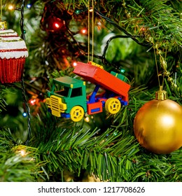 Wooden Christmas tree toy green truck