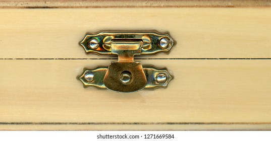 wooden coffer box with metal lock for valuables