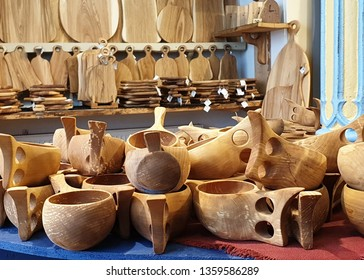 Wooden craft manufacturing housewares shop Woodworking goods store national handicraft traditional woodworking handmade