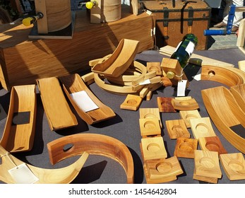Wooden craft manufacturing housewares shop Woodworking goods store national handicraft traditional woodworking handmade