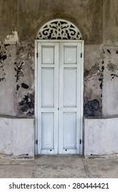 Wooden door top ornamental engraving wood vent./ Wooden doors.