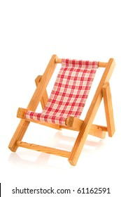 Wooden folding bach chair with checkered textile