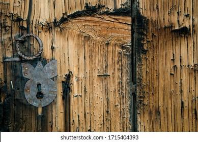 wooden highland house gate ...