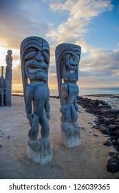 Wooden historical Hawaiian statues in Big Island, Hawaii