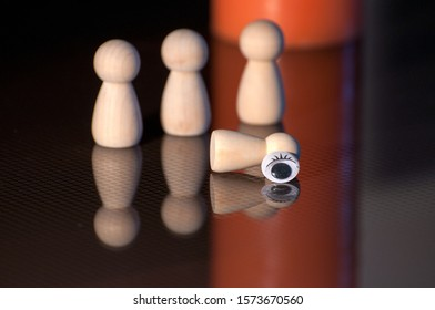 Wooden pawns Concept of social isolation, bullying. female discrimination, stalking and violence against woman. indifference,insensibility.