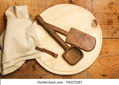 Wooden plate and spoons