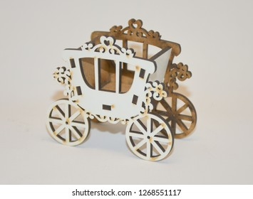 Wooden plexiglass horse carriage souvenirs